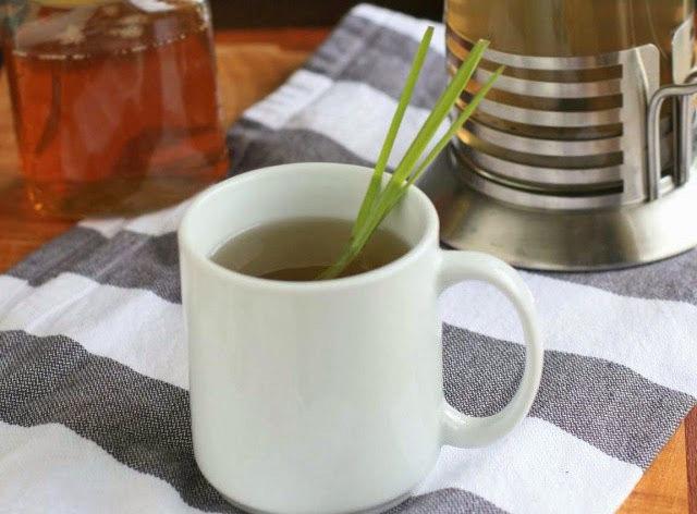 Как чай из корня лопуха помогает в борьбе с гипертонией